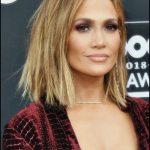 Frisurenmodell auf kurzem Haar