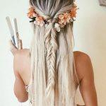 schone haarfrisuren lange glatte blonde haare blumen zopf kleid madchen