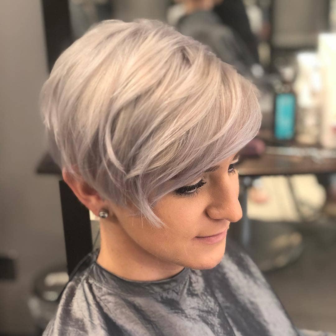 Top 10 Der Meisten Schmeichelhaften Pixie Haircuts Fur Frauen Kurze